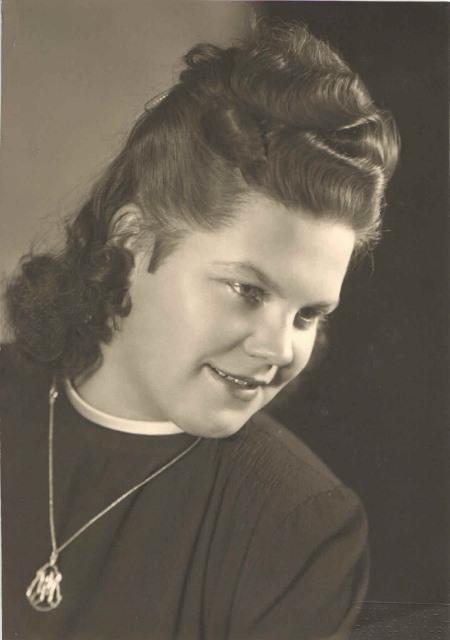 1946 Hilde