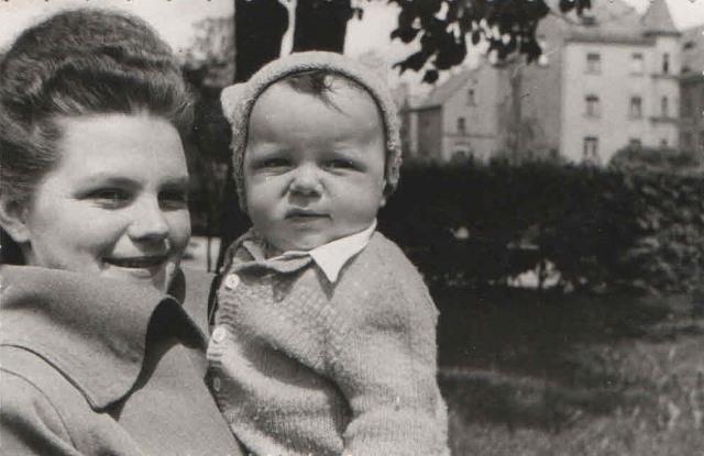 1949 Hildegard and Michael Hennenberg, Weiden, Germany