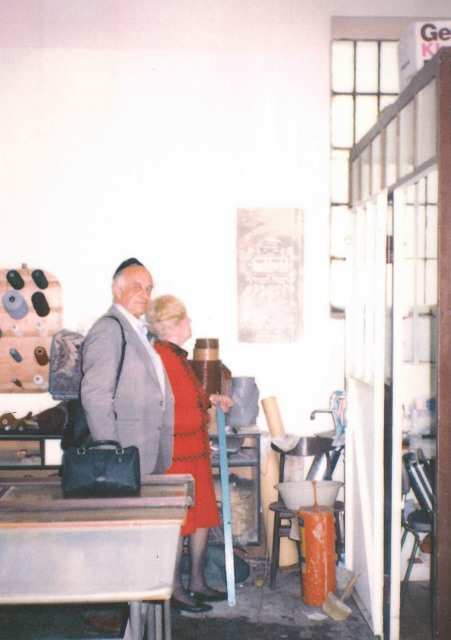 1979 July Jacob and Zita return to OSW.  Shviti survived the war in the wall.  In 1979 it was a carpet shop.  Today it is the Auschwitz Jewish Center.